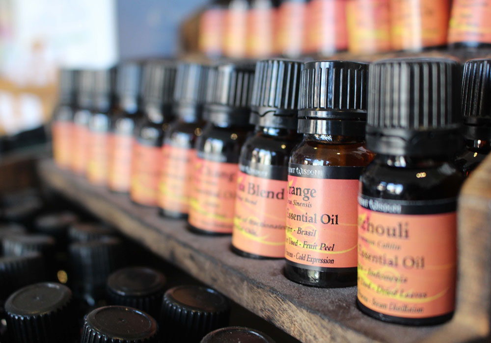 How Aromatherapy With Essential Oils May Help Patients With Cancer
