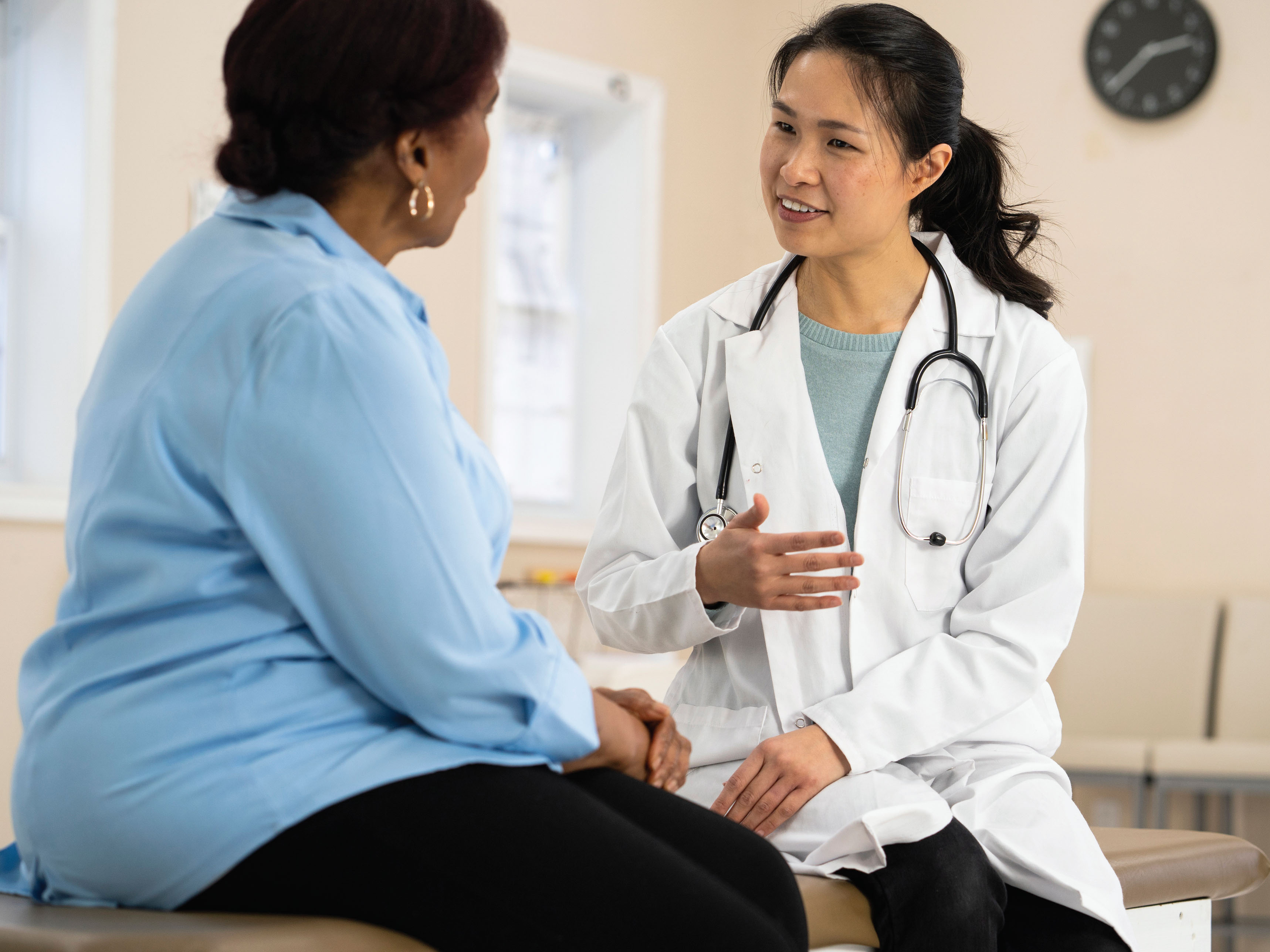 ACS Cervical Cancer Screening Guidelines Prefer HPV Over Pap Tests