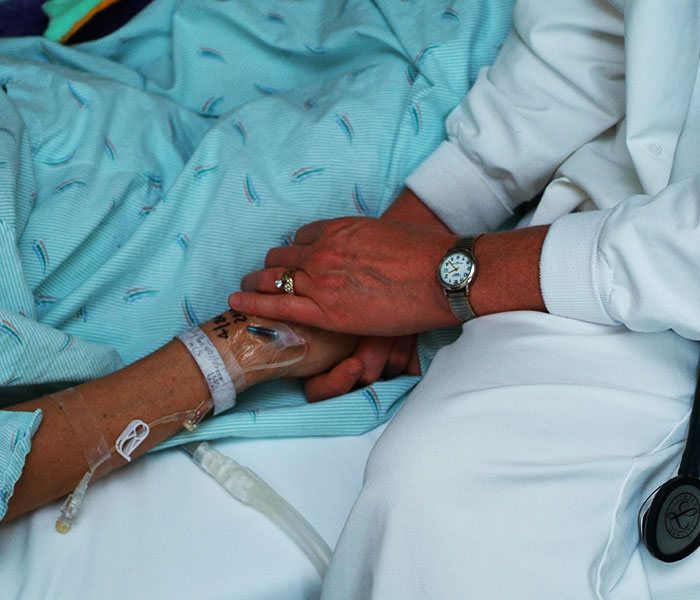 Cancer patient receiving palliative care